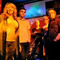 Live Music with The Boomers