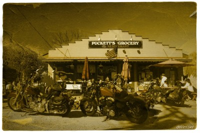 Puckett's Grocery of Leipers Fork