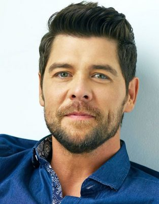 primary--Praise--Taping-with-host-Jason-Crabb-1485888541