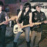 Hyndesight:  The Pretenders Experience