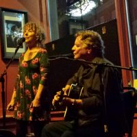 Music at the Frist Duette (vocal duo)