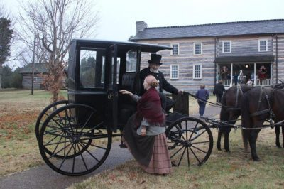 Christmas Open House at Historic Wynnewood, Bledso...