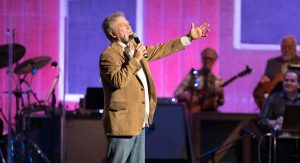 Opry Country Classics feat. Larry Gatlin & The...
