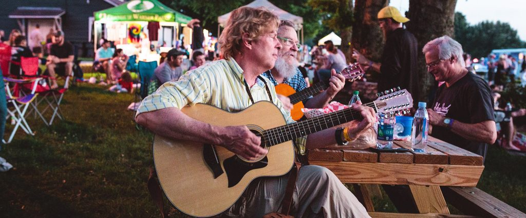 Featured Event: Full Moon Pickin' Party
