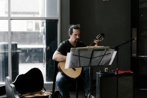 Music at the Frist: Classical Guitarist Michael Ro...