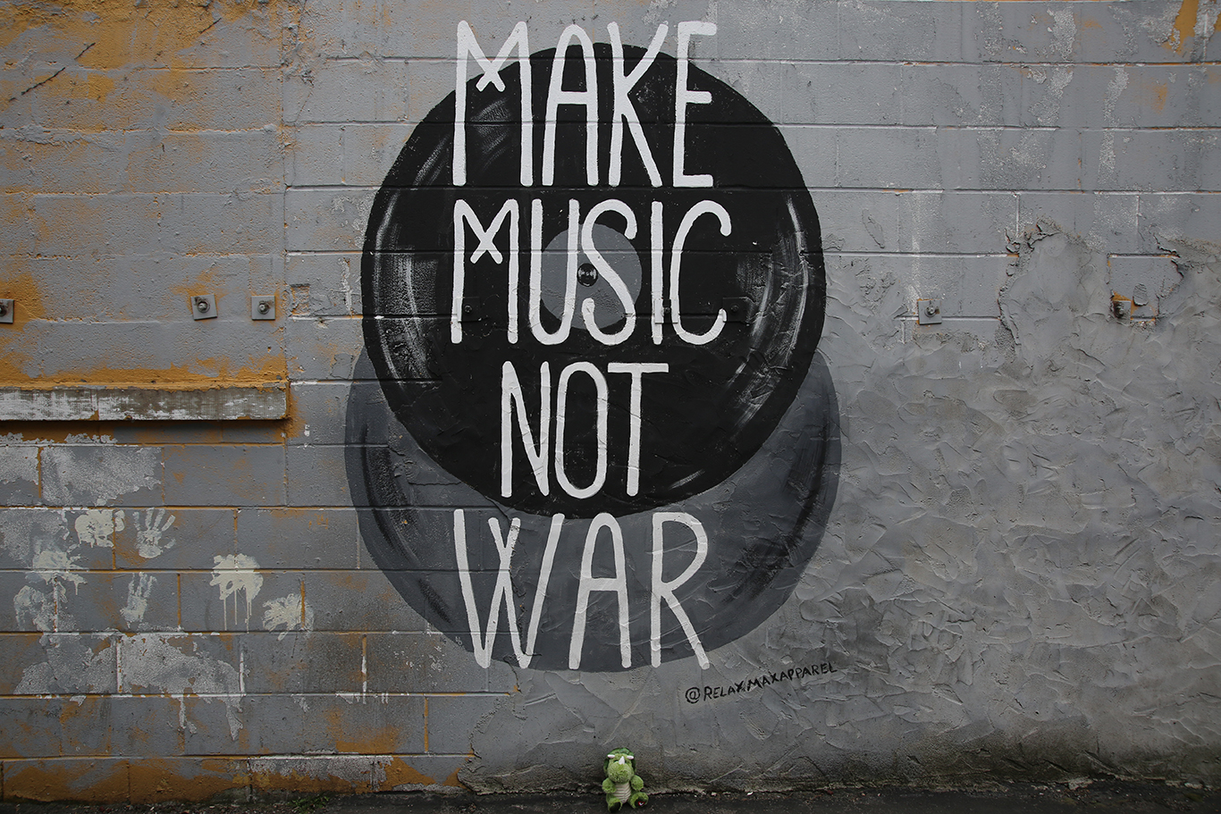 Make Music Not War Mural
