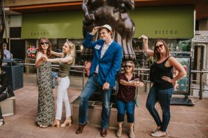 Nonstop Nashville Bar Crawl: A Let's Roam Scavenge...