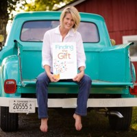 """Author Event with Angela Howell, """"Finding the Gift: Daily Meditations for Mindfulness."""""""